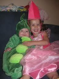 Coordinating Halloween costumes - Click image to find more Holidays & Events Pinterest pins