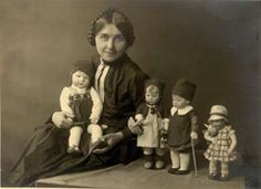 Khate Kruse dolls and her children