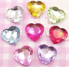 These stunningly sparkling rhinestone hearts come in all different colours. #Crystal #Craft