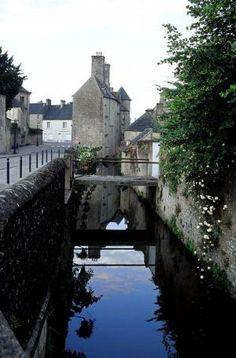 Valognes - Manche dept. - Basse Normandie région, France         ...www.jedecouvrelafrance.com