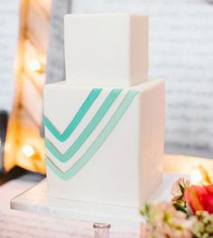 21 Gorgeous Geometric Cakes for Your Modern Wedding | Brit + Co