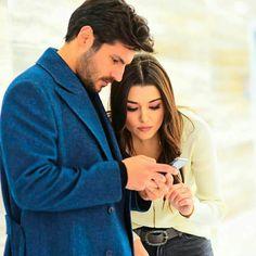 Turkish Men, Turkish Beauty, Turkish Actors, Pole Star, Hande Ercel, Beautiful Couple, Couple Goals, My Eyes, Actors & Actresses