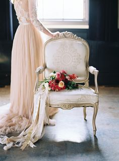 Blush Silk Wedding Dress and a Red Bouquet | Maria Lamb Photography | Vintage Romance Wedding
