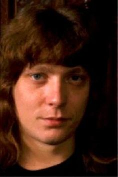 http://coco--sweet.tumblr.com/tagged/Steve Priest/page/6