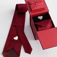 La corbata de San Valentín | 20 cosas que te ayudarán a lo largo de tu relación a larga distancia