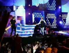 The pic is realllll!!This happened during TMHT in Germany!!