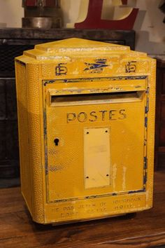 1000 images about boites aux lettres on pinterest letter boxes mail boxes and post box. Black Bedroom Furniture Sets. Home Design Ideas