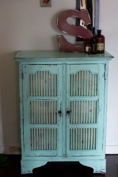 Cupboard Revamp - The Fabulous Scavenger