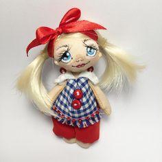 Маленькая брошечка-хаврошечка с большим сердцем ищет такую же хозяйку))))…