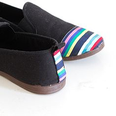 Do It Yourself Upcycling! Very easy and quick shoe restyle tutorial!