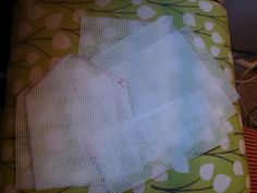 Tutorial for a fabric doll house - walls are made from those craft plastic sheets wrapped in batting ...