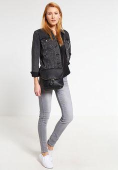 Anna Field Axelremsväska - black - Zalando.se White Jeans, Anna, Grey, Black, Fashion, Gray, Moda, Black People, Fashion Styles