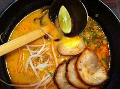 Tom Yum BBQ pork ramen at Ajisen Ramen