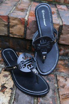 Gola Kamnik Grey//Pink Kids Closed Toe Trekking Sandals Size 13