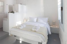 Booking.com: Coco-Mat Eco Residences Serifos , Βάγια, Ελλάδα - 53 Σχόλια πελατών . Κάντε κράτηση σε ξενοδοχείο τώρα! Two Bedroom, Furniture, Home Decor, Coco, Cottage, Houses, Home, Style, Decoration Home