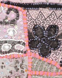手刺繍やさしいピンク★old サリー パッチワーク・タペストリー★バッグ・インテリア素材にも