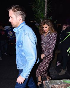 Why Ryan Gosling and Eva Mendes Kept Their Relationship Secret for 7 Years Ryan And Eva, Eva Mendes And Ryan, Ryan Gosling Dating, Secret Relationship, Relationship Goals, Beard Lover, Girls Party Dress, Old Actress, Celebs