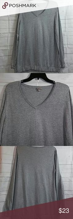 "J. Jill Sweater Top - Medium Listed is a heather gray j.jill sweater top that has a v- neck. Sweater has piling but it blends in with the sweater inconspicuously since it is a ""heathered"" sweater (my opinion..see pics). Shoulder to hem is approx. 29.5 and armpit to armpit is approx. 20 inches. J. Jill Sweaters"