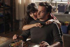 Jess (Zooey Deschanel), Nick (Jake Johnson) ~ New Girl Episode Stills ~ Season 1, Episode 3: Wedding #amusementphile