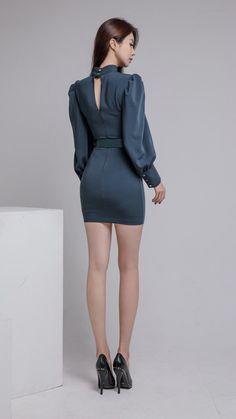 ( *`ω´) ιf you dᎾℕ't lιkє Ꮗhat you sєє❤, plєᎯsє bє kιnd Ꭿℕd just movє ᎯlᎾng. Korean Beauty, Asian Beauty, Girl Korea, Tights Outfit, Beautiful Asian Women, Sexy Asian Girls, Asian Fashion, Asian Woman, Mini Skirts