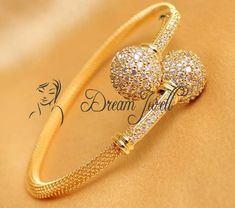 Find wide range of fashion jewellery, imitation, bridal, artificial, beaded and antique jewellery online. Buy imitation jewellery online from designers across India. Call us on [phone] now to resolve your queries. Gold Ring Designs, Gold Bangles Design, Gold Earrings Designs, Gold Jewellery Design, Bracelet Designs, Antique Jewellery Online, Latest Jewellery, Gold Jewelry Simple, Silver Jewelry