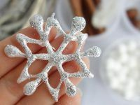 Sweet home : Christmas Felt Toys, Preschool Activities, Christmas Time, Winter, Snowflakes, Diy And Crafts, Projects To Try, Sweet Home, Crystals