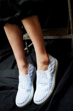 COMME des GARCONS SHIRT ( FRANCE ) STRIPE QUILTED SLIP ON SHOES www.lancah.com