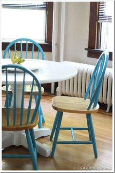 BOOM!   Totally painting my exact same chairs this AWESOME aqua!!  chair-and-table