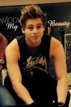 #LUKEHEMMINGS #5SECONDSOFSUMMER #5SOS