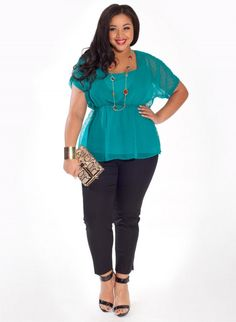 Carrie Plus-Size Top in Mint Dot