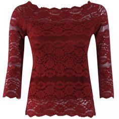 Para compor #looks #românticos essa #blusa em renda é ideal! Com trama ampla e desenho de flores alia o feminino ao #sexy, sem ultrapassar o limite da elegância. Manga 3/4.