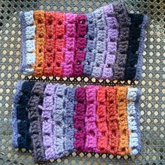 Zingaro's Mittens by eclectic gipsyland, via Flickr..free pattern