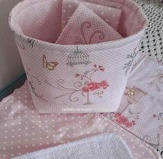 http://luluzinhaatelie.blogspot.com.br/2014/06/cesto-de-tecido-com-toalhinhas.html