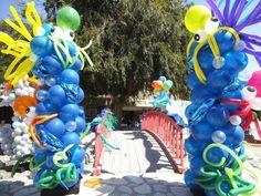 Bridge of balloons