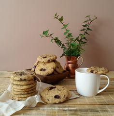 Adapted from Martha Stewart   Malzemeler:   225 gr. tereyağı (oda sıcaklığında)  150 gr. şeker  150 gr. kahverengi şeker  2 tatl...