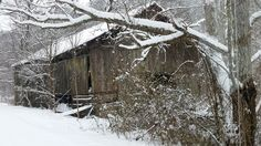 Old #barn along Lower Powdermill Rd in Sevier county. #winter #view on the way to #AppalachianEscapeCabin #vacationental