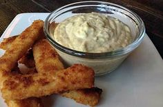 Homemade Tartar Sauce is so much better than out of a bottle, you'll never go back to store-bought again! Made with simple ingredients and taking all of about two minutes, this is the best tartar sauce recipe! Best Tartar Sauce Recipe, Homemade Tartar Sauce, Dip Recipes, Sauce Recipes, Chow Chow Relish, Fried Tilapia, Gordon Ramsay, Mini Foods, Appetizer Dips