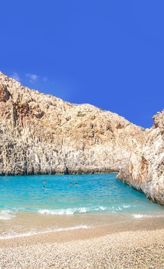 Ten steps from the sea, Seitan limania ~ this tiny beach with impeccable waters is one of the best in the area of Chania. A wonderful exotic hideout but ... avoid weekends and during peak tourist season on the Island of Crete in Greece.