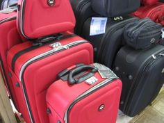 How to Fit Your Life in 2 Suitcases - Study Abroad Packing.  Wish I had seen this a week ago