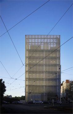 5-rmit-design-hub-by-sean-godsell-architects