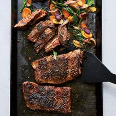 Skirt Steak Sizzle with Carrots and Arugula | Food