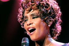Houston... We Have a Problem :-) - Plane makes emergency landing after woman wont stop singing... With full respect to Whitney Houston, this is a funny story :D) It actually happened :-) LOL !!