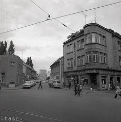 Bratislava, Louvre, Street View, Building, Travel, Pictures, Viajes, Buildings, Destinations