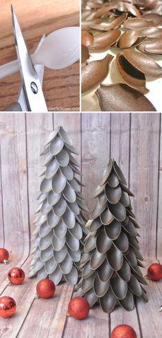 Amazing Plastic Spoon Christmas Tree