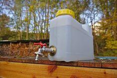 Drei einfache und preiswerte Ideen rund um das Thema Wasser. Der perfekte Wasserkanister, Wasserfilter und der geniale Wassermelder.
