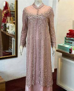 Dress Brokat Muslim, Dress Brokat Modern, Kebaya Muslim, Model Kebaya Brokat Modern, Kebaya Lace, Kebaya Dress, Dress Pesta, Dress Brukat, Hijab Dress Party