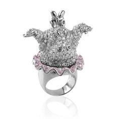 nOir Jewelry Celebrates Disney's Fantasia - In a new collection, nOir Jewelry Celebrates Disney's Fantasia for the movie's Anniversary. Noir Jewelry, Jewelry Rings, Jewelery, Fashion Jewelry, Jewelry Ideas, Fantasia Disney, Disney Couture, Disney Jewelry, Tech Accessories