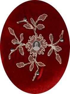 """Sor MARÍA DE LAS NIEVES PAZ (1857-1930), sobrina tataranieta de """"Mamá Antula"""", fue Hija de Nuestra Señora de la Misericordia, cofundadora en 1880 del Colegio de Niñas homónimo de San Lorenzo (Santa Fe), junto al Pino Histórico."""