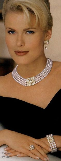Classic #Pearls Style Mikimoto V