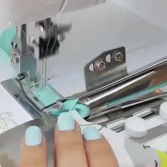 Corte e Costura Veja Como Mudar Sua Vida Financeira Modo Simples e Fácil - Nähen - Sewing Ruffles, Dress Sewing Patterns, Sewing Patterns Free, Free Sewing, Skirt Patterns, Coat Patterns, Blouse Patterns, Sewing Basics, Sewing Hacks